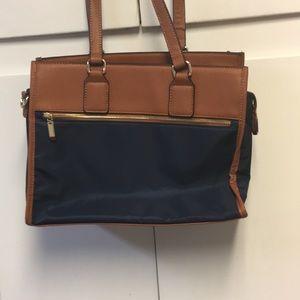 Isabelle purse